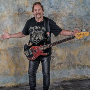 Frieder Blum, Bass